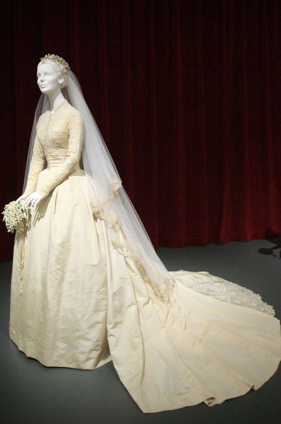 La robe de mariée de la princesse Grace de Monaco au Philadelphia Museum of Art, le 31 mai 2006
