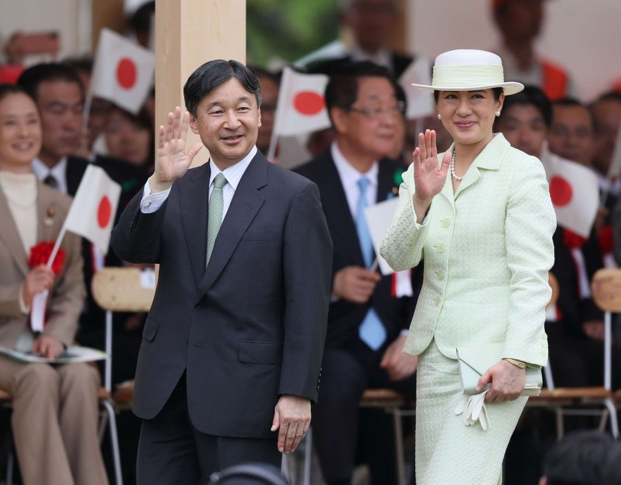 Masako du Japon avec son mari Naruhito, lors de leur premier déplacement en tant qu'empereur et impératrice dans une province japonaise (la préfecture d'Aichi), le 2 juin 2019
