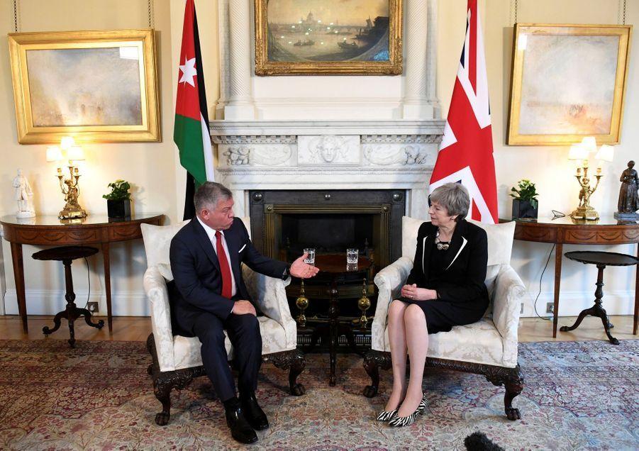 Le roi Abdallah II de Jordanie avec Theresa May à Londres, le 28 février 2019