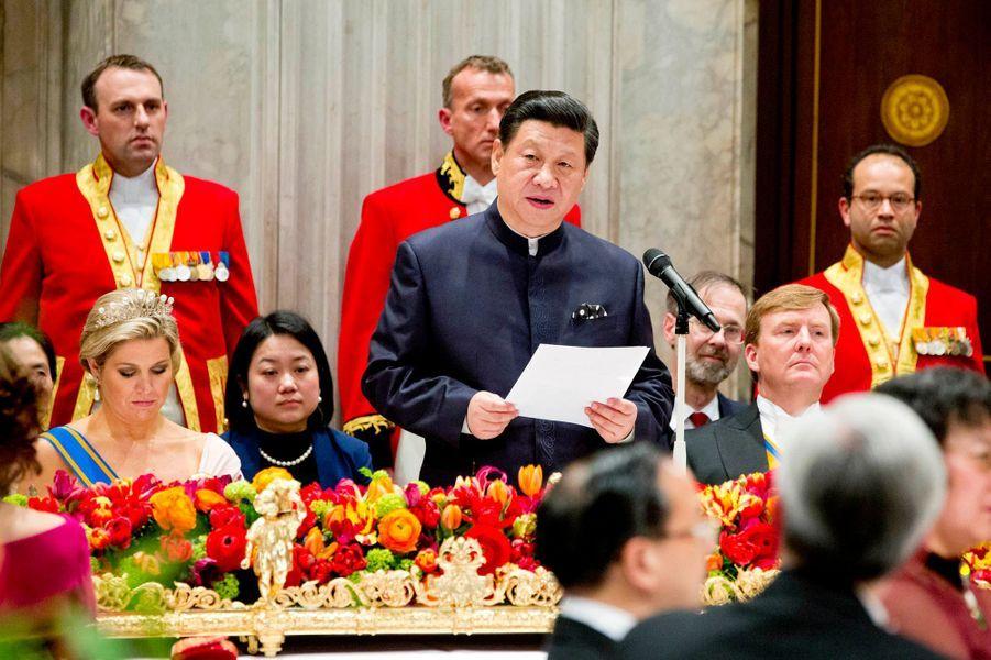 """""""Dès que nous mettons un pied sur le sol des Pays-Bas, nous ressentons l'amitié du peuple néerlandais envers le peuple chinois"""", a expliqué le président chinois."""