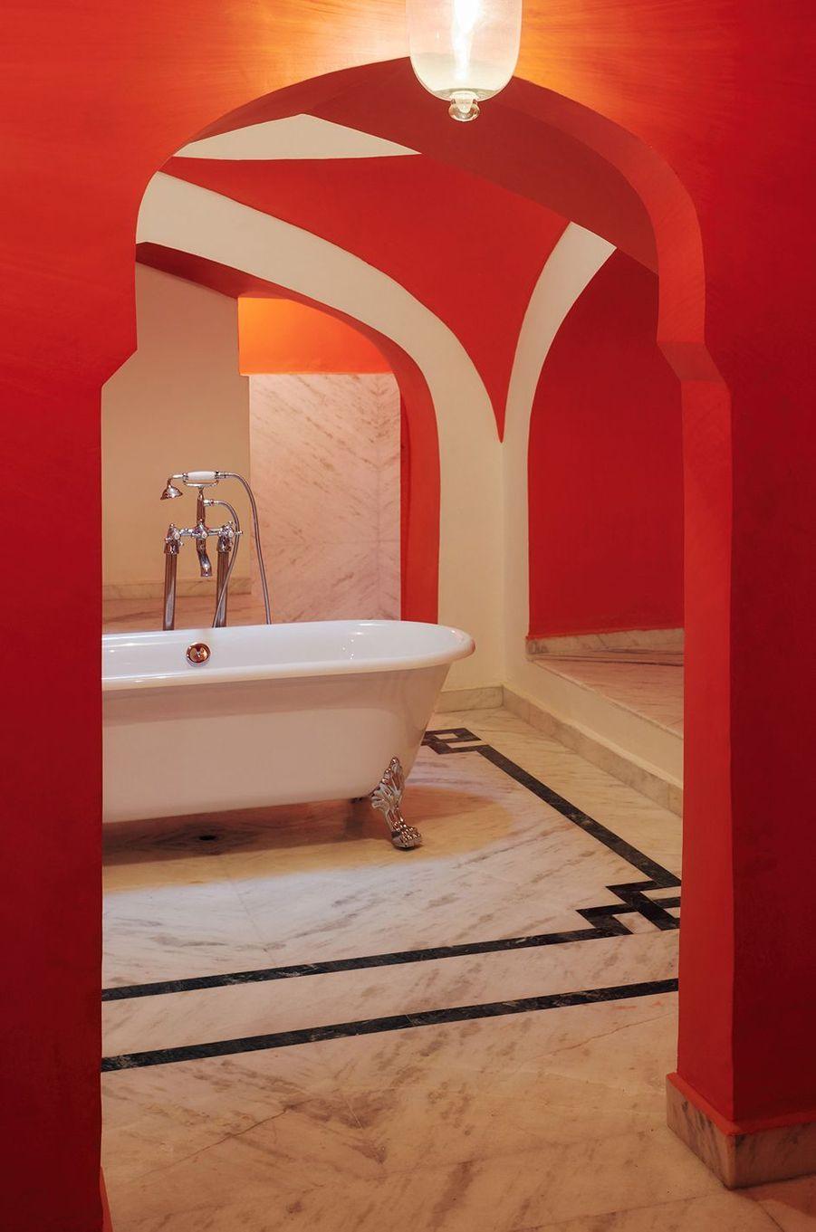 La salle de bain de la suite Gudliya dans le City Palace de Jaipur