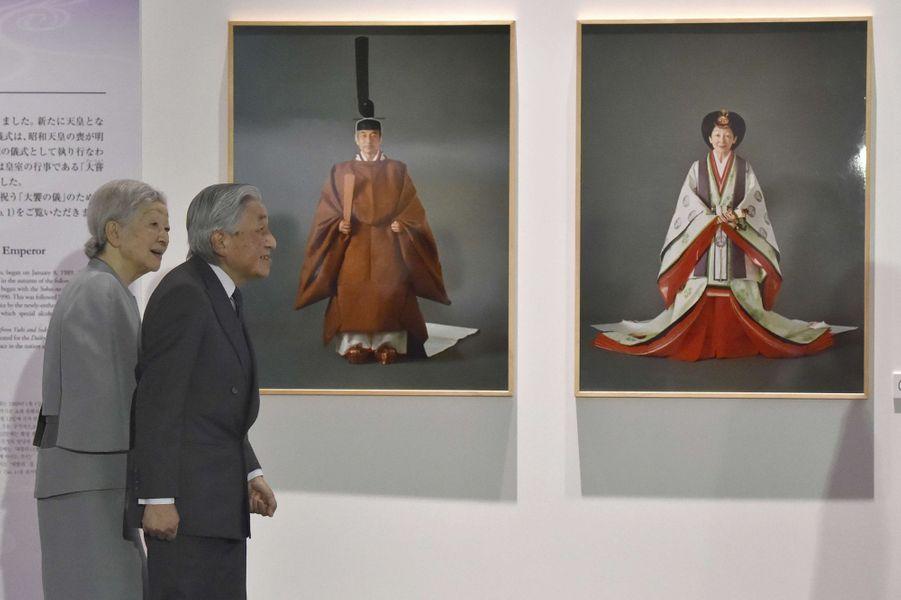 L'empereur Akihito et l'impératrice Michiko du Japon à Tokyo le 13 mars 2019