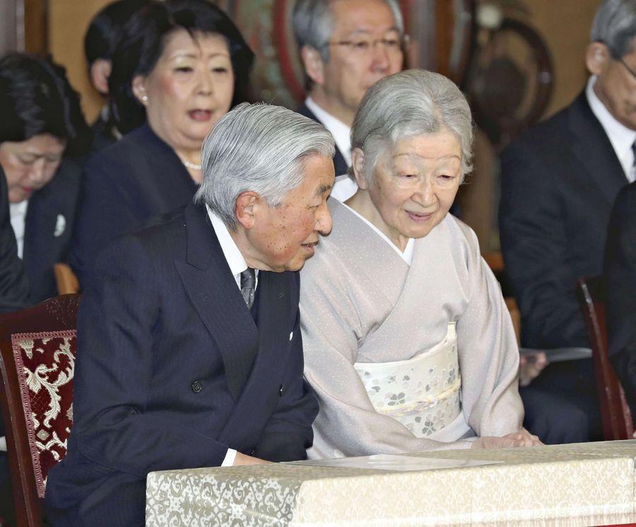 L'empereur Akihito et l'impératrice Michiko du Japon à Tokyo, le 18 mars 2019