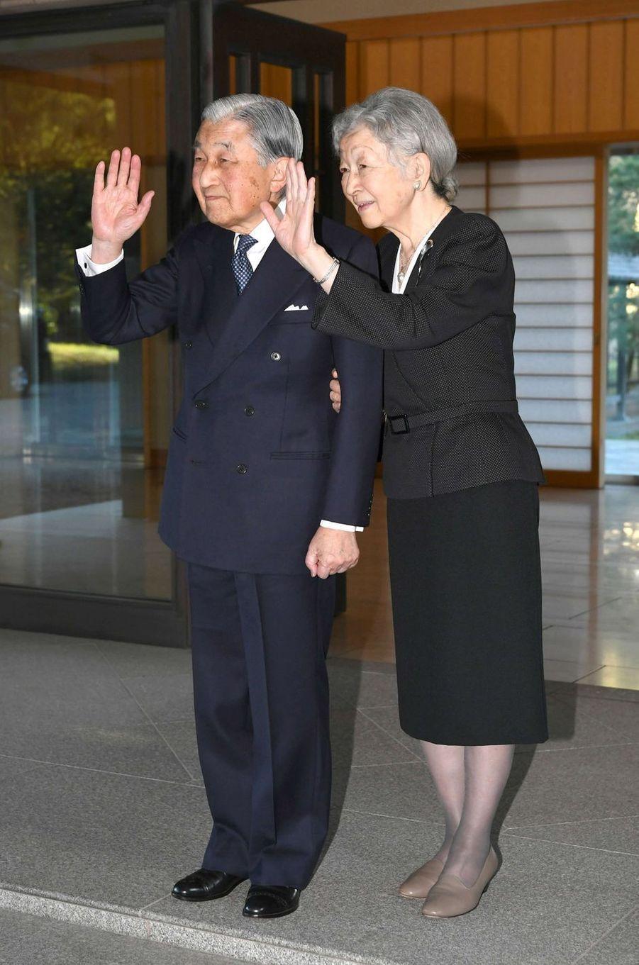 L'empereur Akihito et l'impératrice Michiko du Japon à Tokyo, le 4 avril 2019