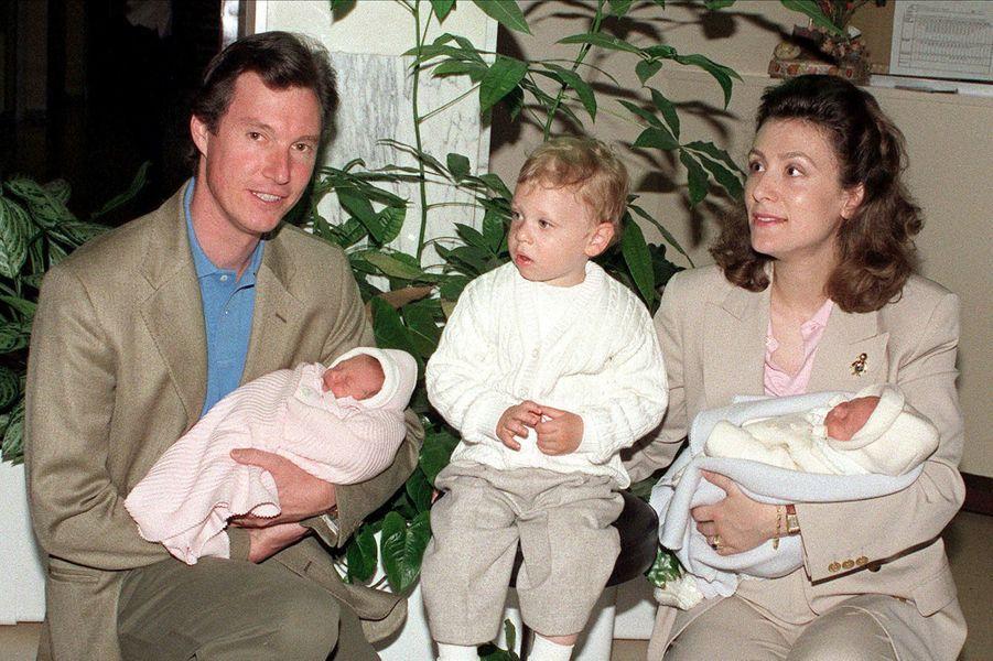 Charlotte et Léopold, enfants jumeaux de Guillaume et Sibilla de Luxembourg en 2000