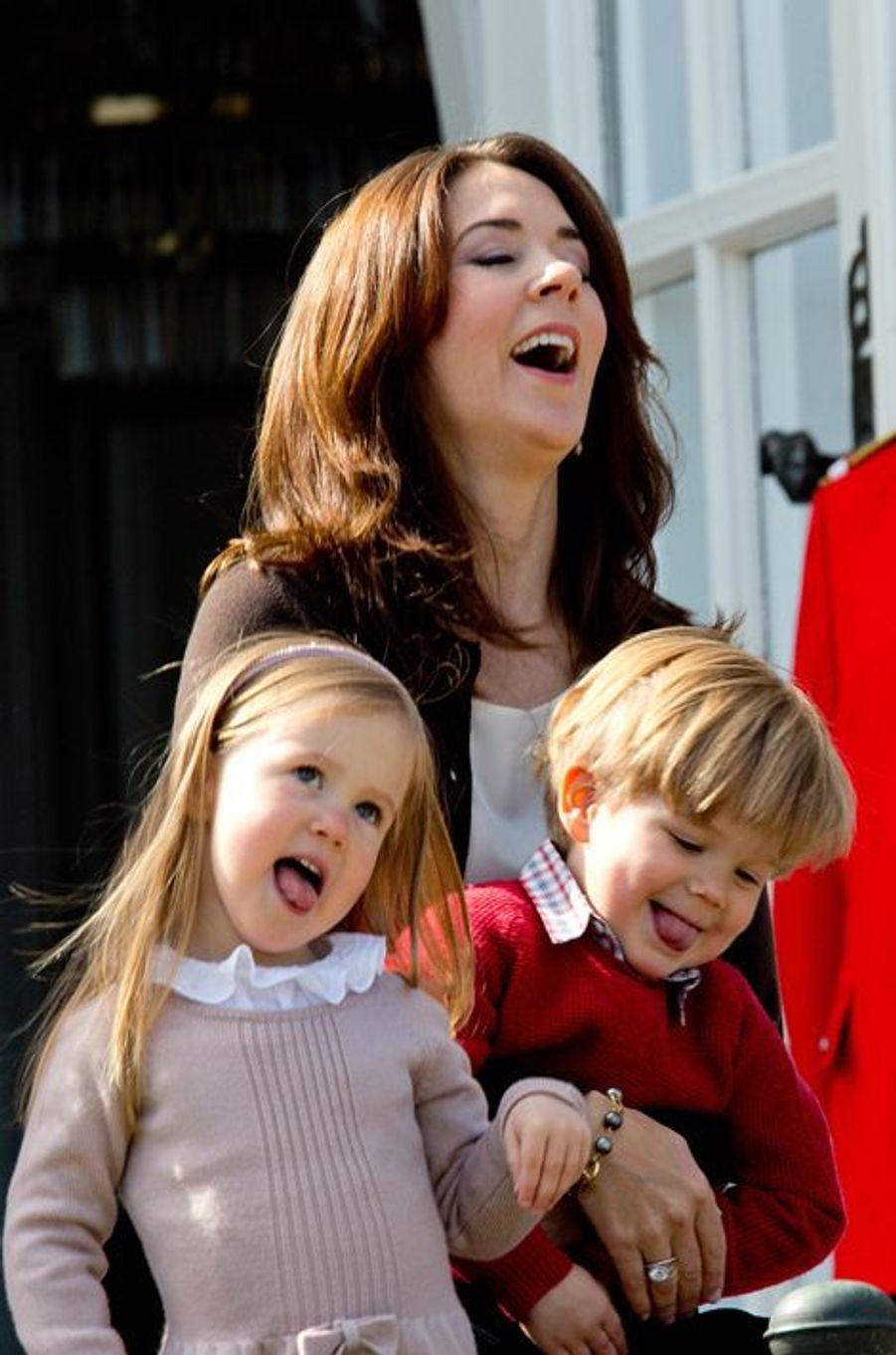 Joséphine et Vincent, enfants jumeaux de Mary et Frederik de Danemark, en 2014