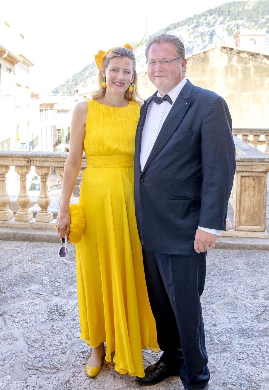 Au mariage de Joachim de Prusse et de la comtesse Angelina