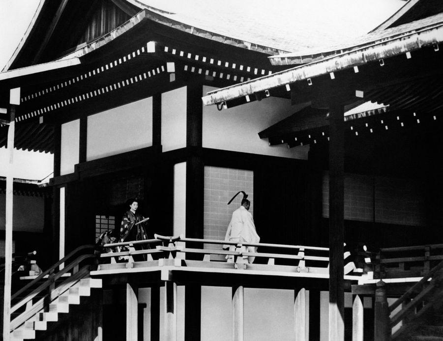 Cérémonie du mariage du prince Akihito du Japon et de Michiko Shoda à Tokyo, le 10 avril 1959