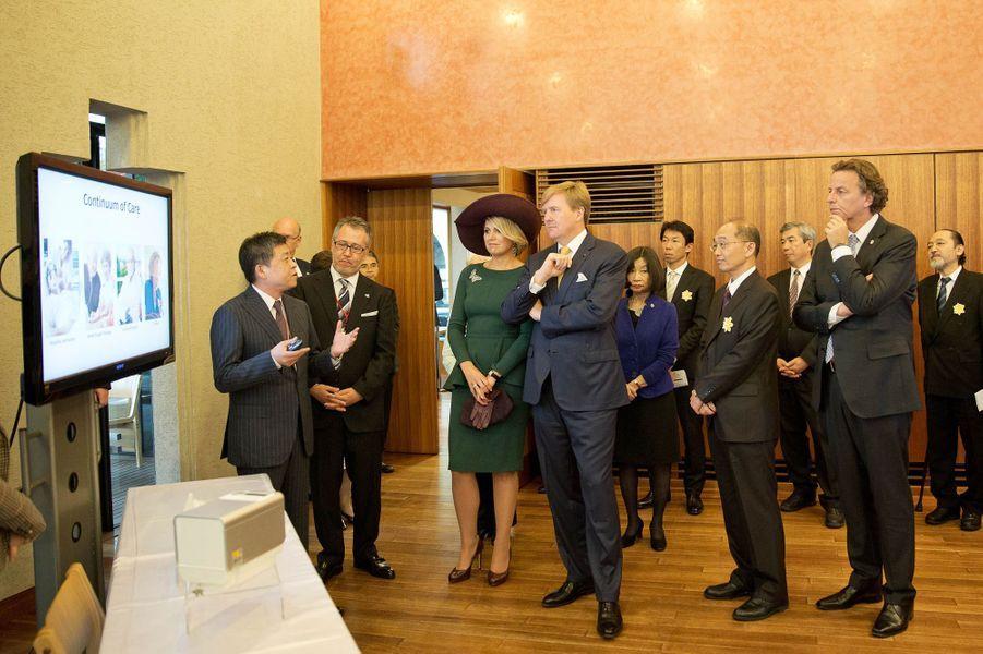 Le roi Willem-Alexander des Pays-Bas et la reine Maxima rencontrent des entrepreneurs, le 30 octobre 2014