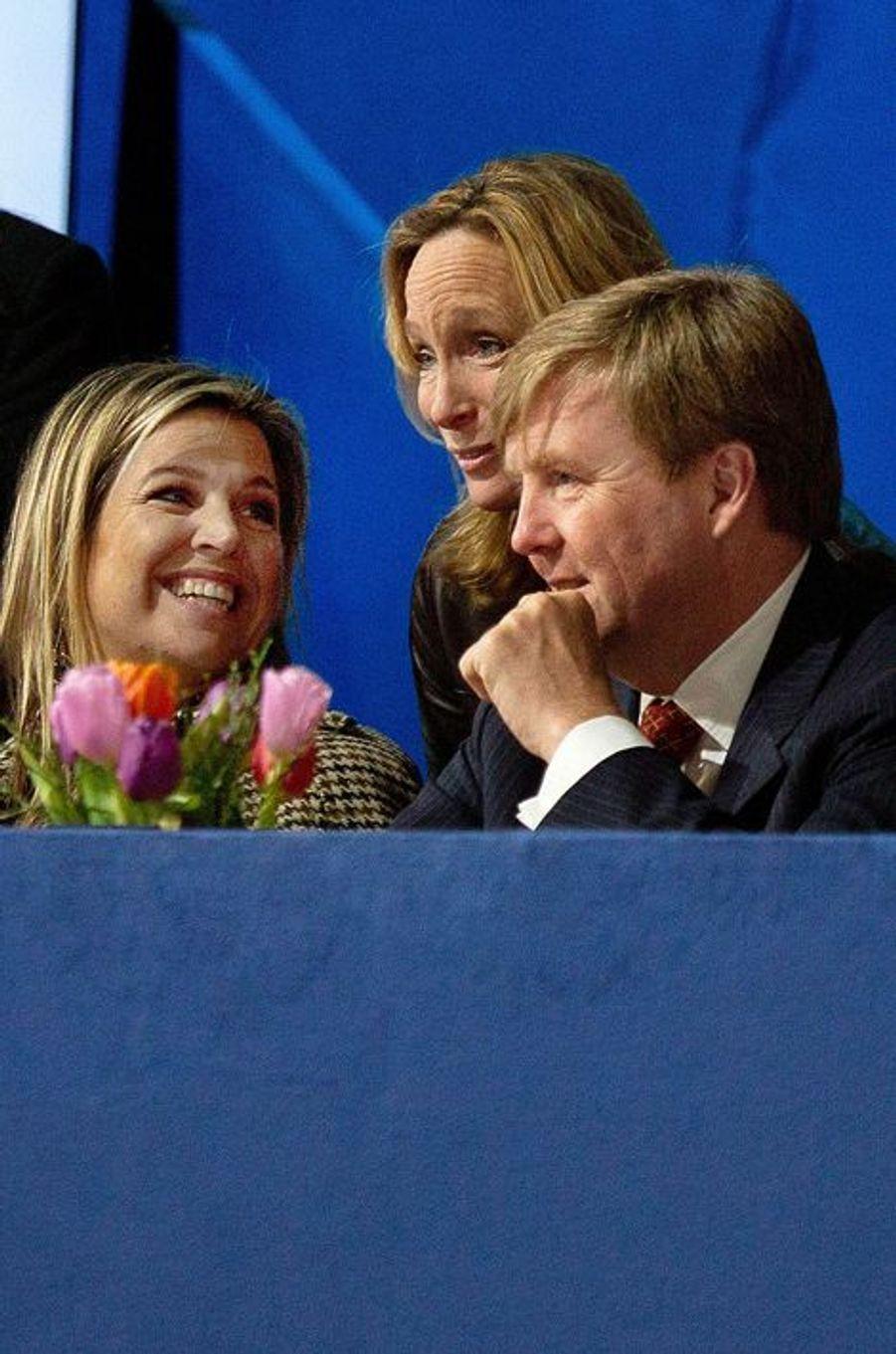 Le roi Willem-Alexander, la reine Maxima et Margarita de Bourbon Parme au Jumping Amsterdam, le 1er février 2015