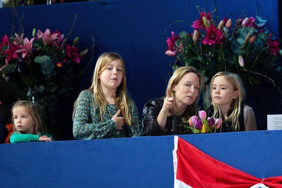 Les princesses Alexia et Ariane avec Margarita de Bourbon Parme et Paola, au Jumping Amsterdam, le 1er février 2015