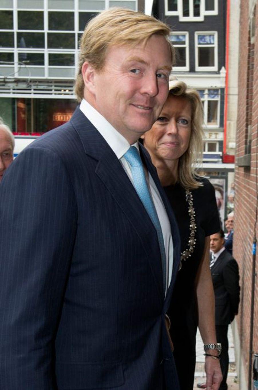 Le roi Willem-Alexander des Pays Bas à la cérémonie de remise des Prix Heineken 2014 pour la science et l'art à Amsterdam