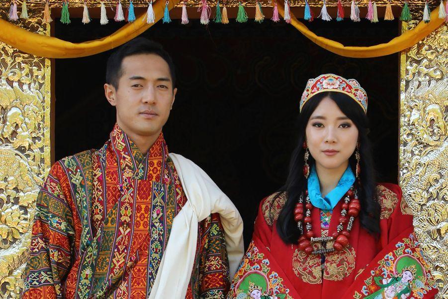 La princesse Eeuphelma Choden Wangchuck et Dasho Thinlay Norbu, le 29 octobre 2020, jour de leur mariage