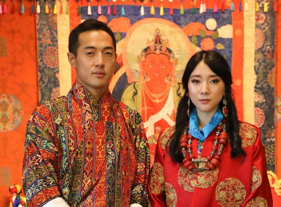La princesse Eeuphelma Choden Wangchuck et Dasho Thinlay Norbu, le 29 octobre 2020, jour de leur mariage à Thimphu