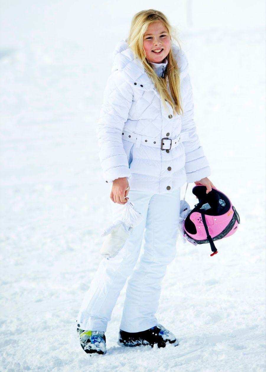 La princesse Catharina-Amalia en vacances de ski en Autriche en février 2014