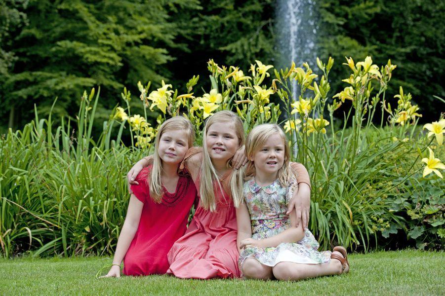 La princesse Catharina-Amalia et ses soeurs Alexia et Ariane, en juillet 2013