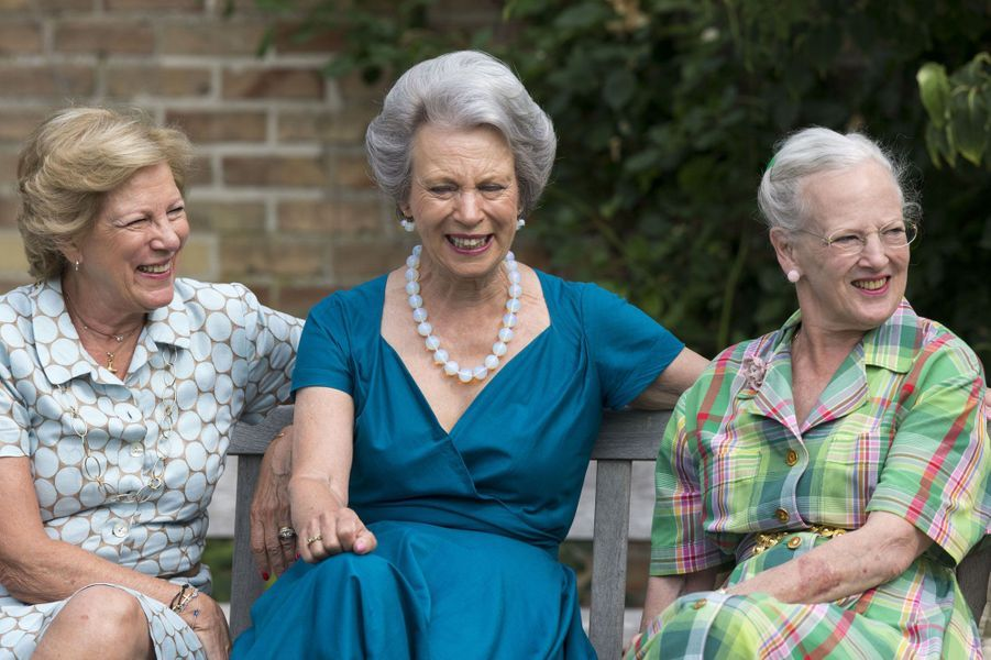 Entre soeurs: Anne-Marie de Grèce, Benedikte de Sayn-Wittgenstein-Berleburg et la reine Margrethe