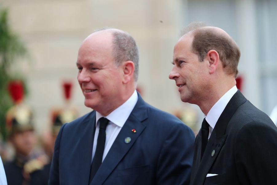 Le prince Albert II de Monaco et le prince Edward d'Angleterre au Palais de l'Elysée à Paris, le 30 septembre 2019