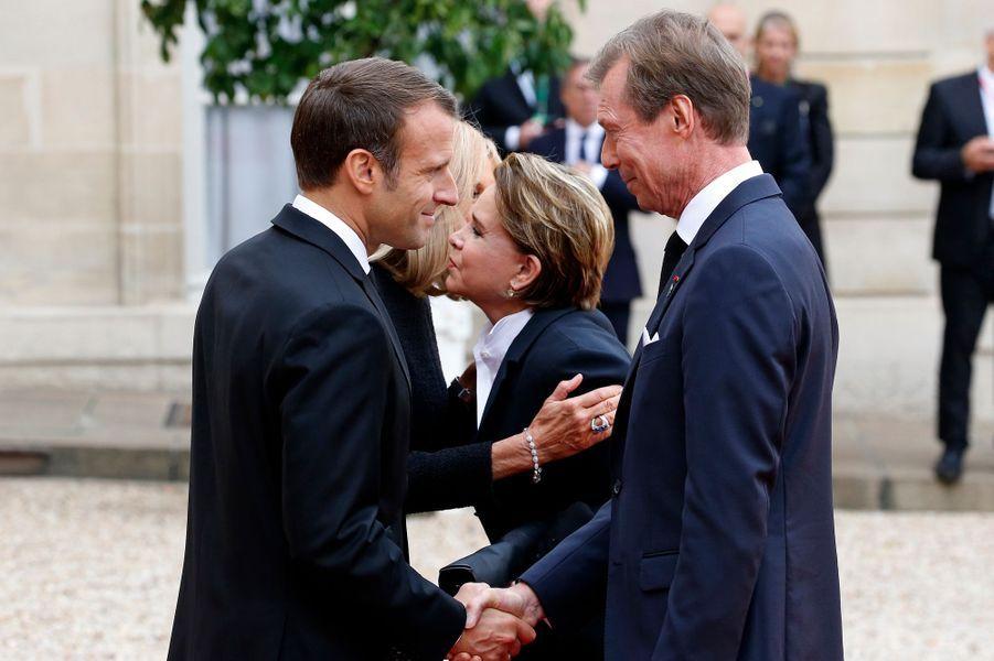 Le grand-duc Henri et la grande-duchesse Maria Teresa de Luxembourg avec Emmanuel et Brigitte Macron au Palais de l'Elysée à Paris, le 30 septembre 2019