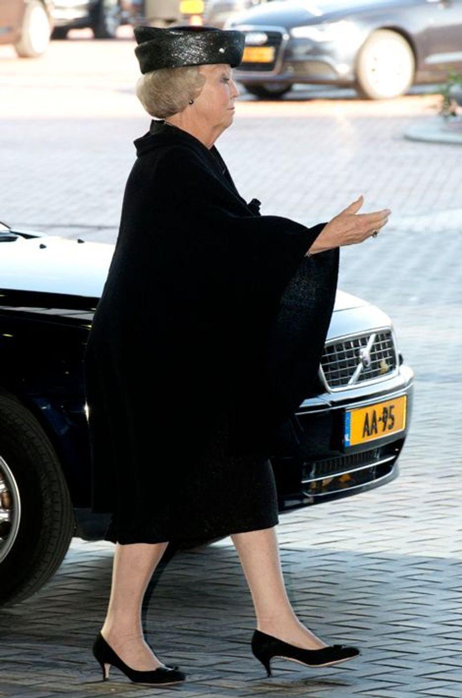 La princesse Beatrix à la commémoration de la catastrophe du vol MH17 à Amsterdam, le 10 novembre 2014