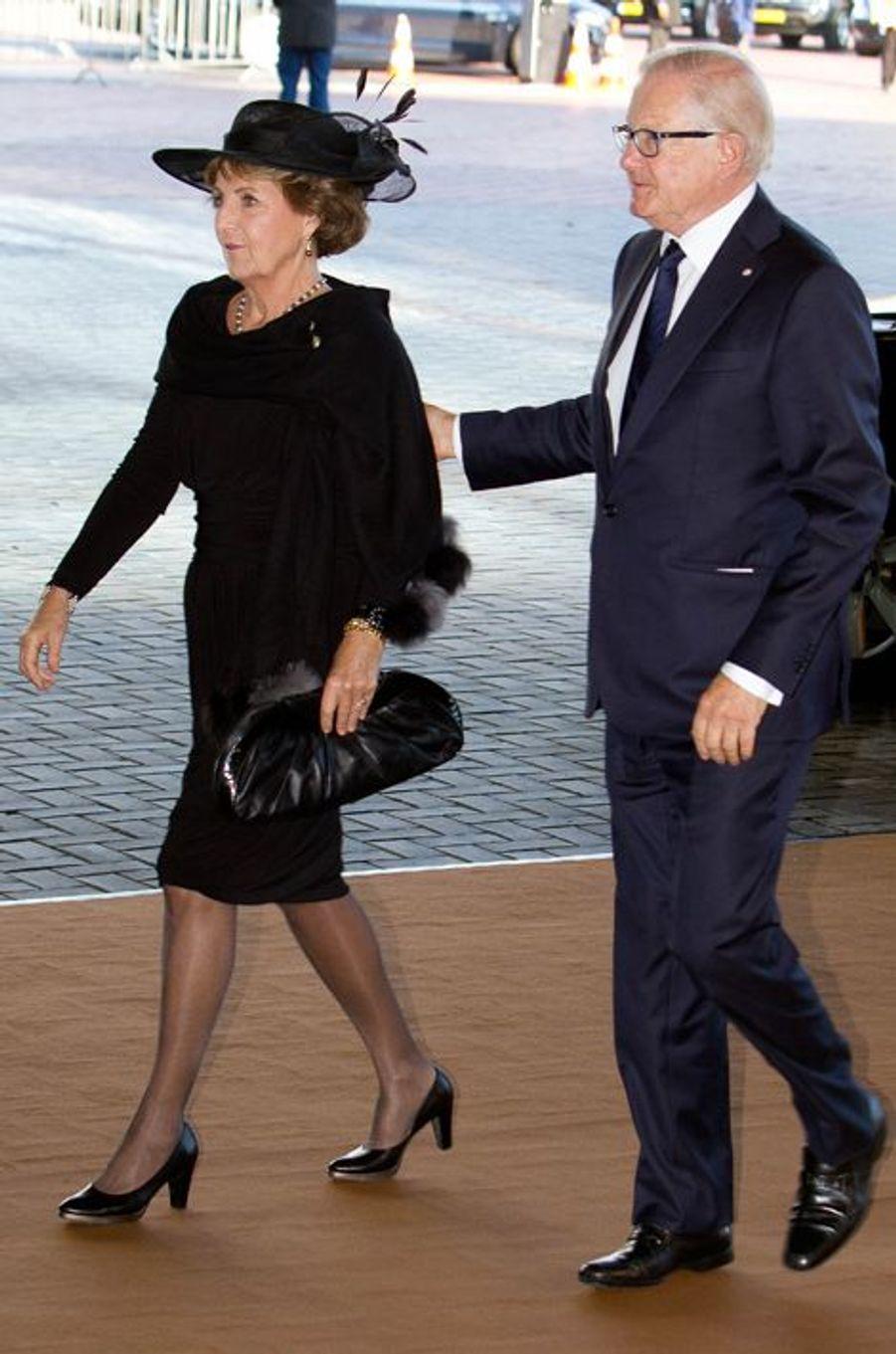 La princesse Margriet des Pays-Bas et son mari à la commémoration de la catastrophe du vol MH17 à Amsterdam, le 10 novembre 2014