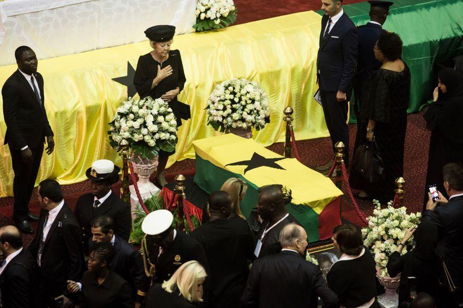 L'ex-reine Beatrix des Pays-Bas, sa belle-fille la princesse Mabel et la princesse Mette-Marit de Norvège aux funérailles de Kofi Annan à Accra, le 13 septembre 2018