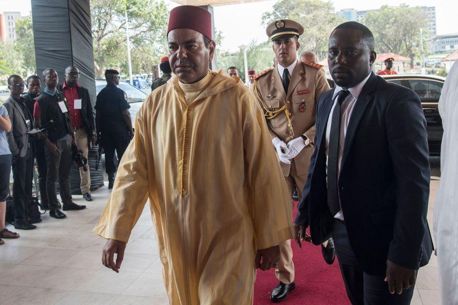 Le prince Moulay Rachid du Maroc arrive au cimetière militaire d'Accra pour les funérailles de Kofi Annan, le 13 septembre 2018