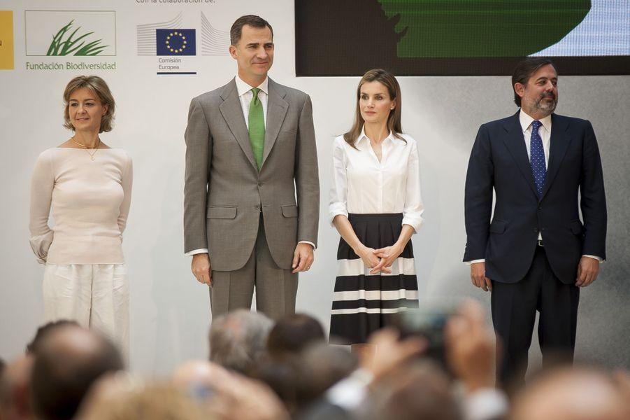 Letizia et Felipe imperturbables