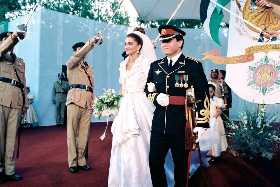 Rania Al-Yassin et le prince Abdallah de Jordanie, le 10 juin 1993, jour de leur mariage