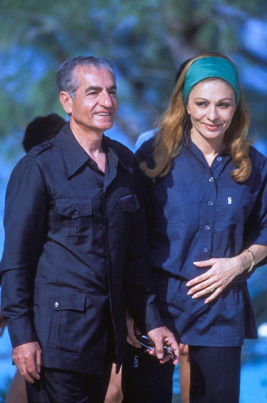 Le chah d'Iran Mohammad Reza Pahlavi et la chahbanou Farah Diba aux Bahamas, le 30 mars 1979