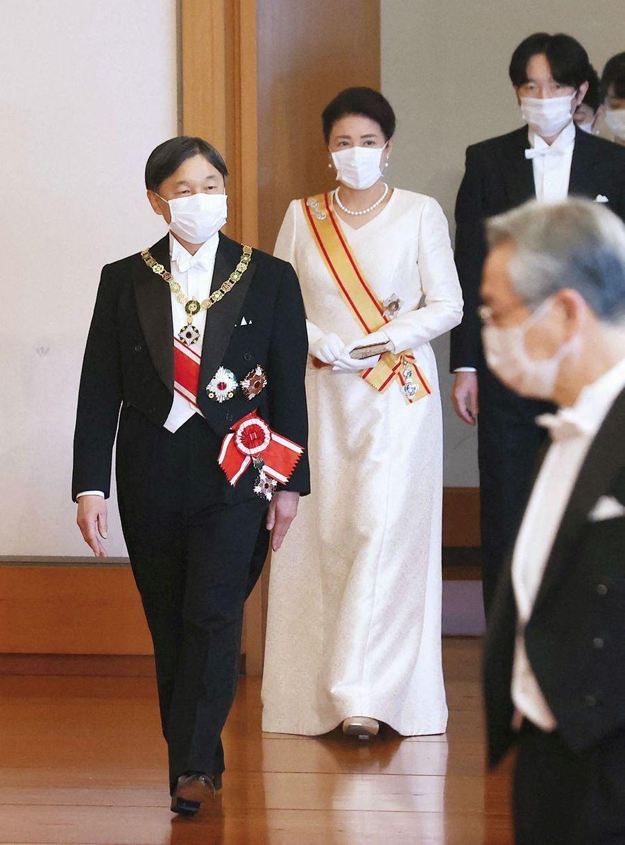 L'empereur Naruhito du Japon, l'impératrice Masako et le prince héritier Fumihito d'Akishino à Tokyo, le 1er janvier 2021