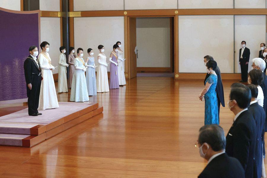 L'empereur Naruhito du Japon et l'impératrice Masako avec la famille impéraile à Tokyo, le 1er janvier 2021