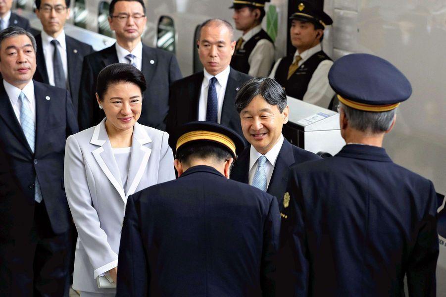 L'impératrice Masako et l'empereur Naruhito du Japon quittent Tokyo, le 1er juin 2019