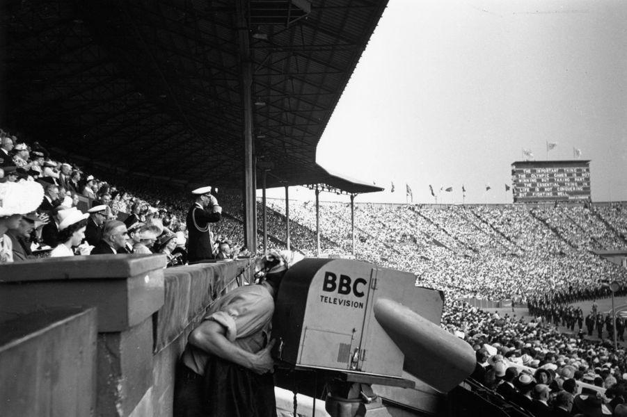 Le roi George VI lors de la cérémonie d'ouverture des JO de Londres, le 29 juillet 1948