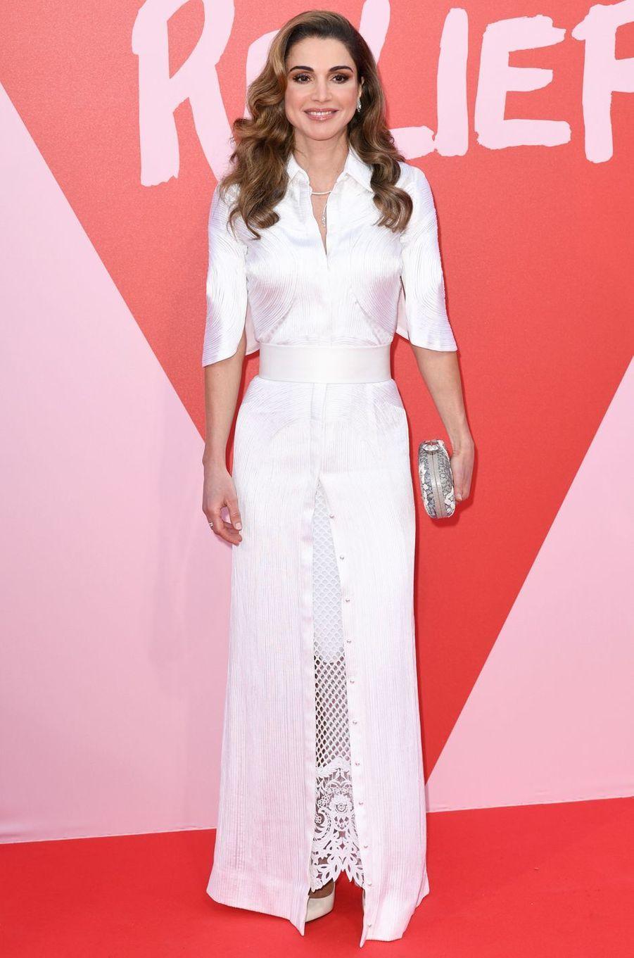 La reine Rania de Jordanie en Givenchy, le 22 mai 2017