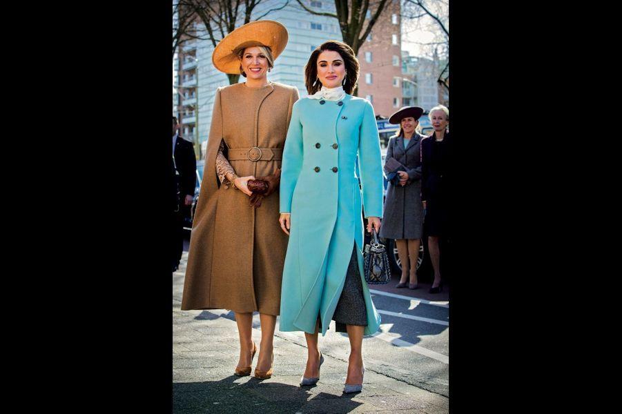 Les femmes d'affaires. L'une, Maxima, est reine des Pays-Bas, l'autre, Rania (à dr.), de Jordanie. Toutes deux ont travaillé dans des banques avant d'être couronnées.