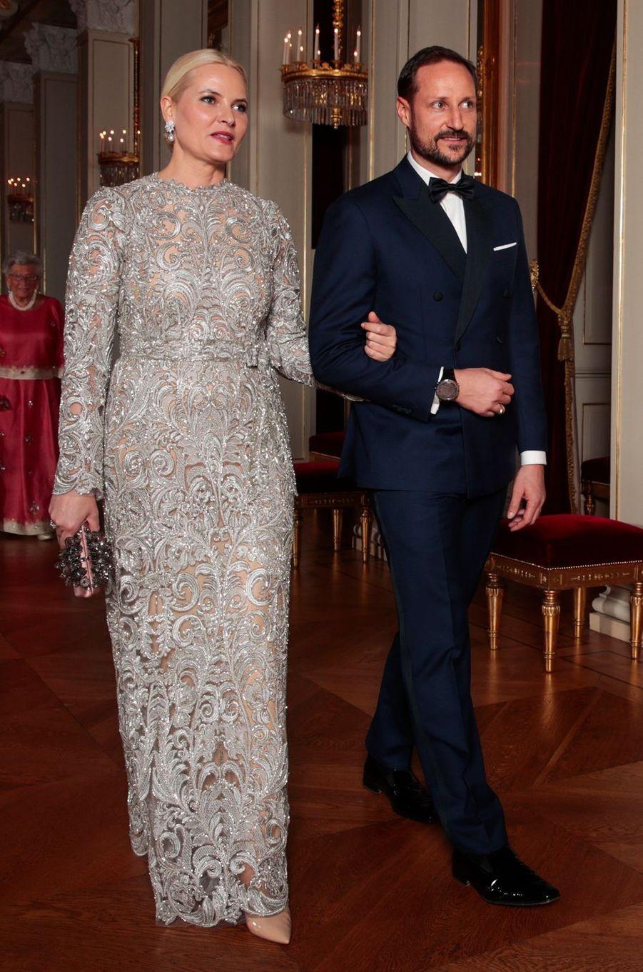 La princesse Mette-Marit de Norvège dans une robe Tina Steffenakk Hermansen (TSH), le 1er février 2018