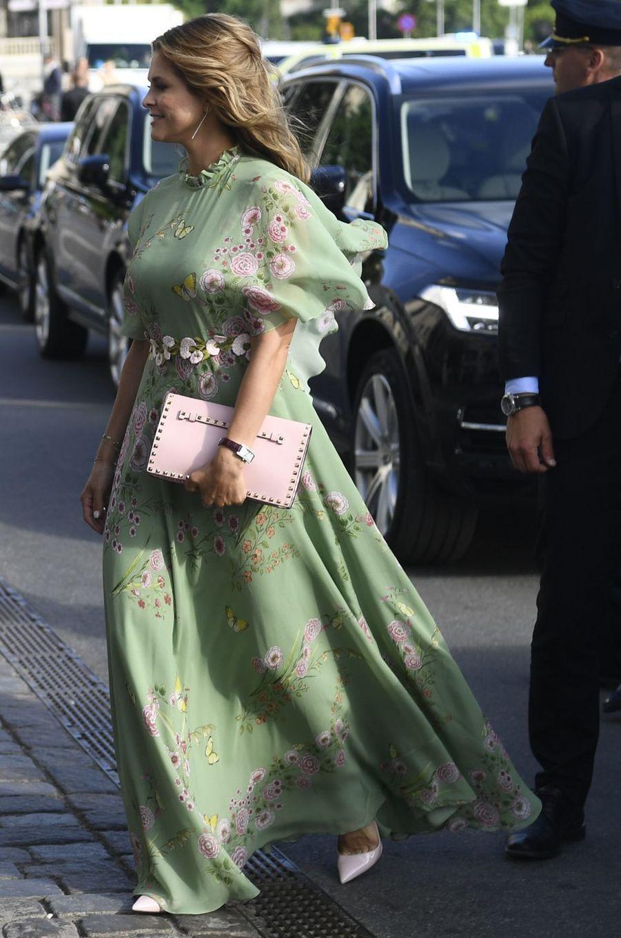 La princesse Madeleine de Suède dans une robe Giambattista Valli, le 14 juin 2018