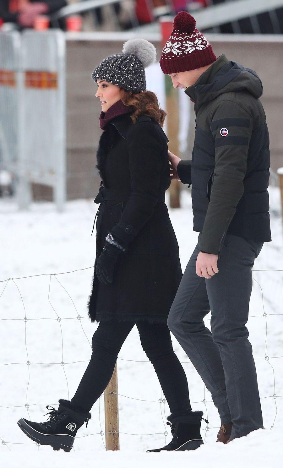 La duchesse Catherine de Cambridge dans un manteau Burberry, le 30 janvier 2018