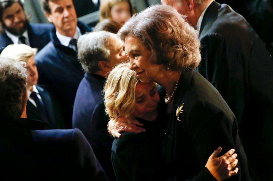 L'ex-reine d'Espagne Sofia et Eugenia, fille de Cayetana, à Madrid, le 15 décembre 2014