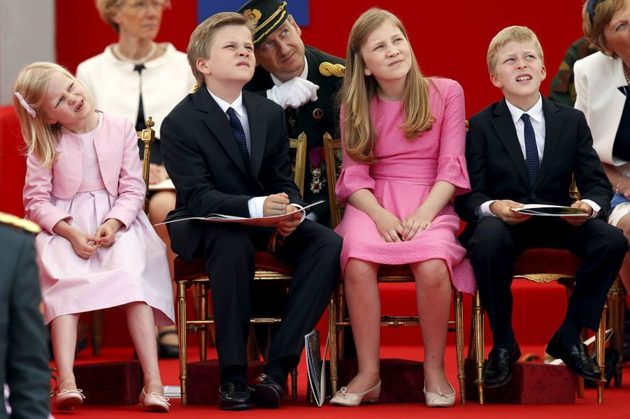 La princesse Eléonore, le prince Gabriel, la princesse Elisabeth et le prince Emmanuel de Belgique