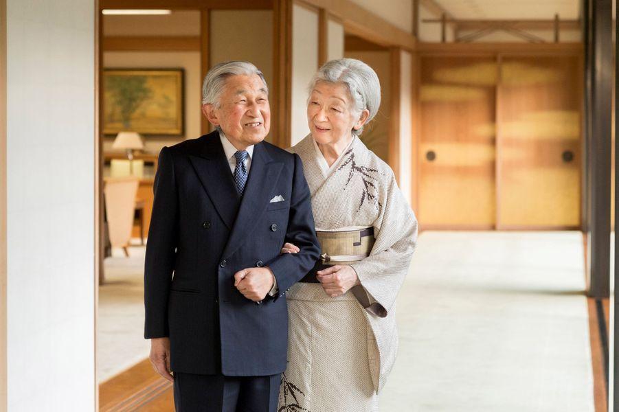 L'empereur Akihito du Japon et l'impératrice Michiko à Tokyo, le 10 décembre 2018. Photo diffusée pour les 85 ans d'Akihito le 23 décembre 2018