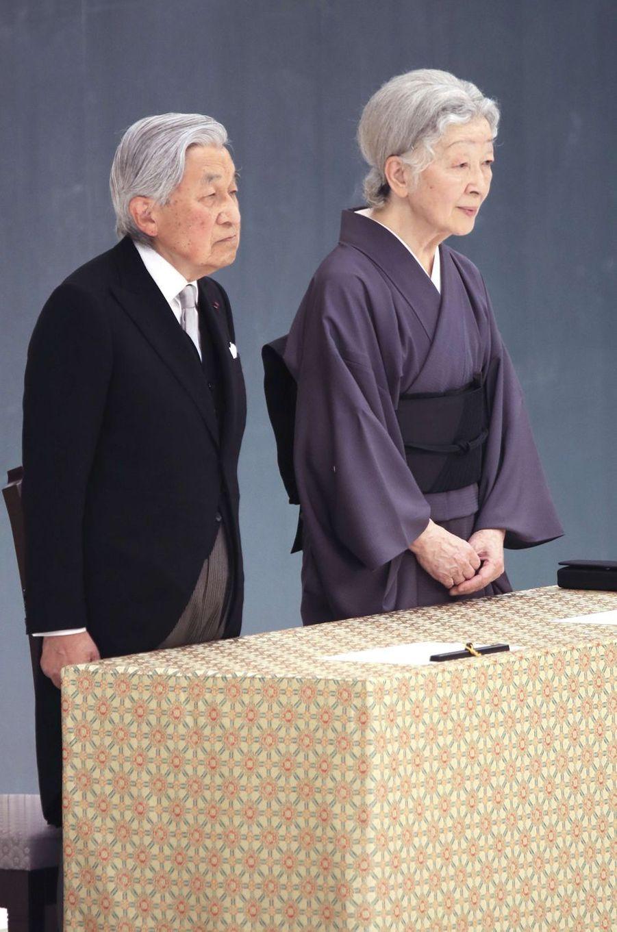 L'empereur Akihito du Japon et l'impératrice Michiko à Tokyo, le 15 août 2018