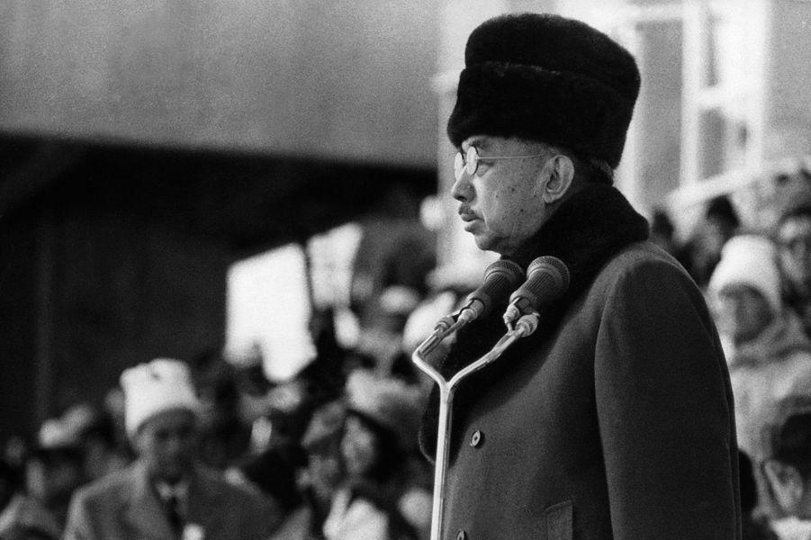 L'empereur Hirohito du Japon à l'ouverture des JO d'hiver de Saporo, en 1972