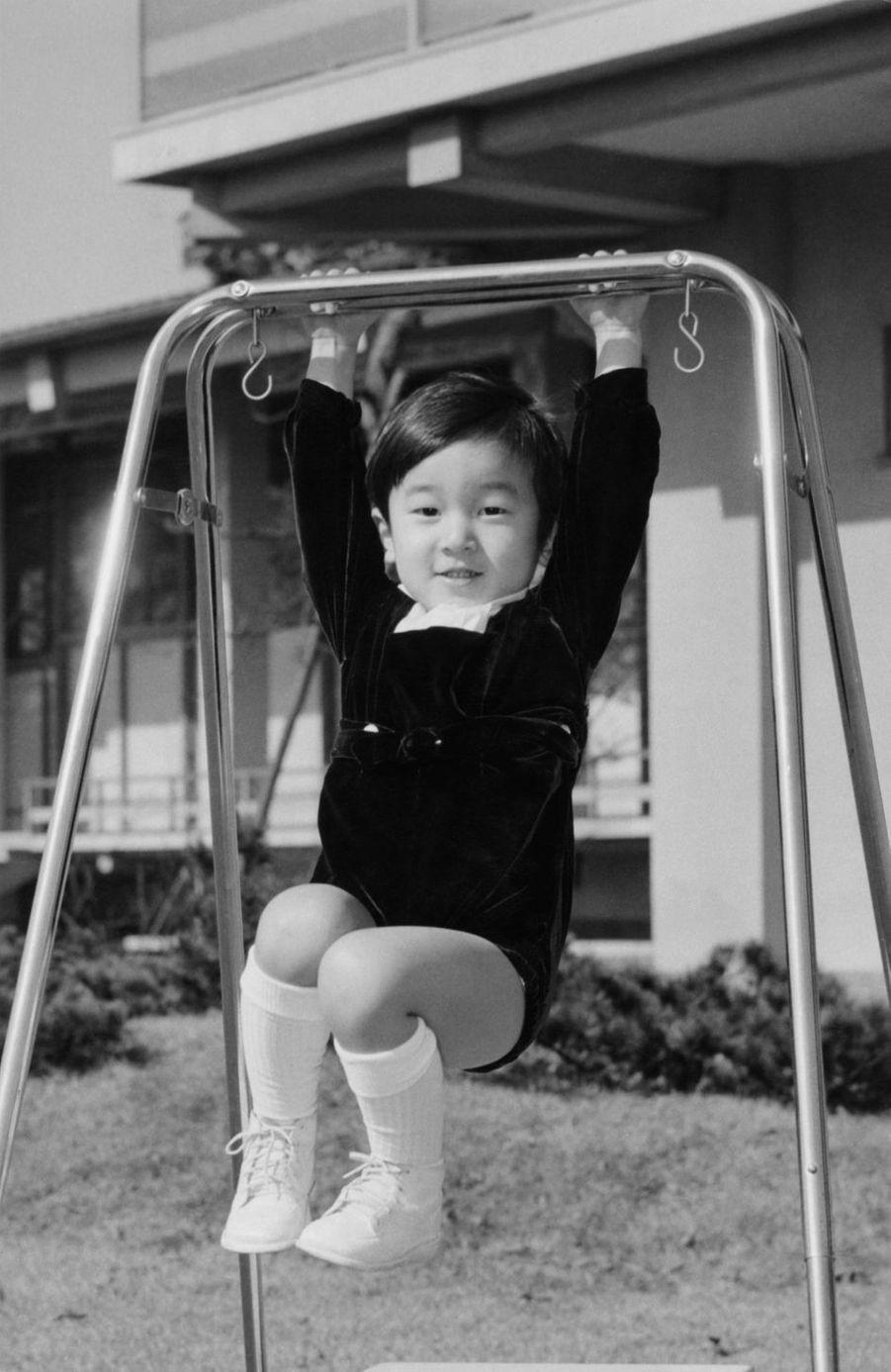 Le prince Naruhito du Japon, le 22 février 1963. Photo diffusée pour ses 3 ans