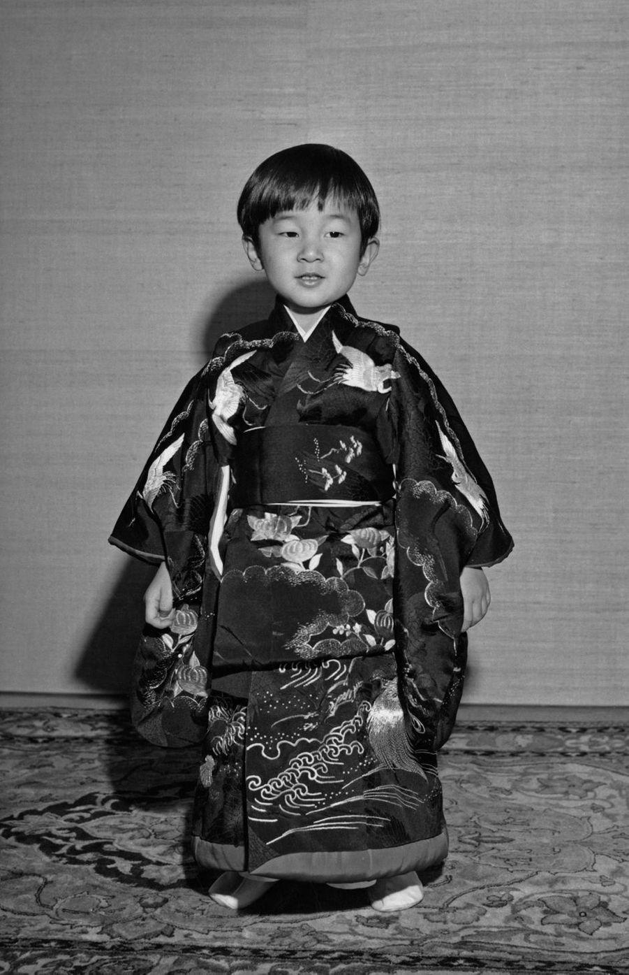 Le prince Naruhito du Japon. Photo diffusée pour ses 3 ans, le 23 février 1963
