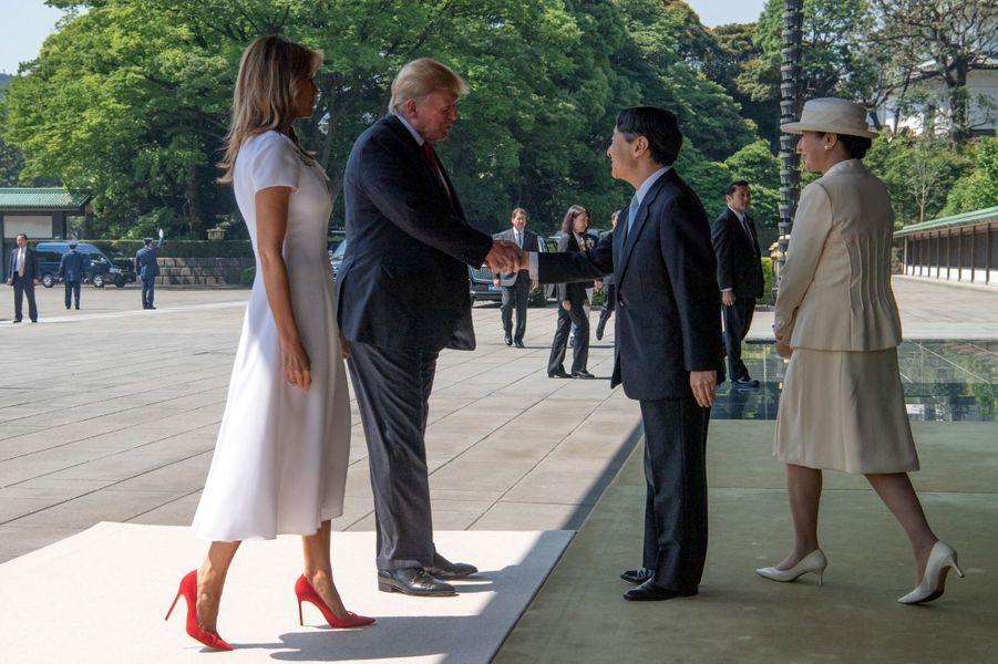 L'impératrice Masako et l'empereur Naruhito du Japon accueillent Donald et Melania Trump à Tokyo, le 27 mai 2019