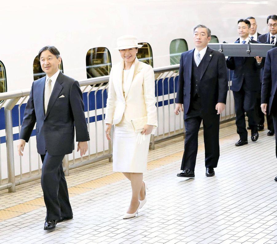 L'empereur Naruhito et l'impératrice Masako du Japon arrivent à Ise, le 21 novembre 2019