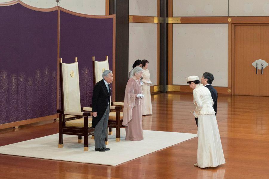 L'empereur Akihito du Japon et l'impératrice Michiko avec la princesse Masako et le prince Naruhito à Tokyo, le 10 avril 2019