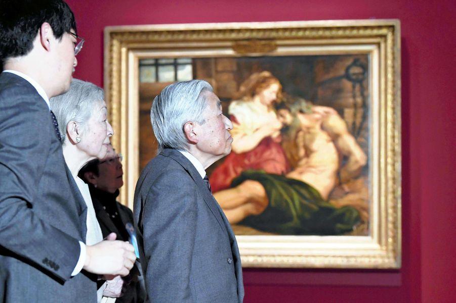 L'impératrice Michiko et l'empereur Akihito du Japon au Musée national de l'Art occidental à Tokyo, le 14 janvier 2019